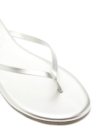 Detail View - Click To Enlarge - TKEES - Metallics leather flip flops