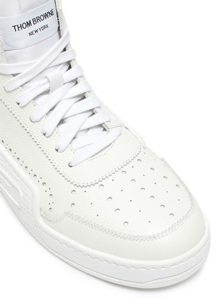 Detail View - Click To Enlarge - THOM BROWNE - High top leather basketball sneakers