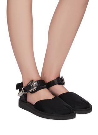 Figure View - Click To Enlarge - SUICOKE - x Toga 'Vita' buckle tabi sandals