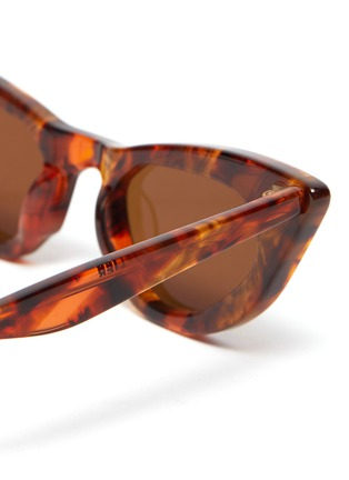 Detail View - Click To Enlarge - MØY ATELIER - Come Fly With Me' cat eye gold thread accent sunglasses