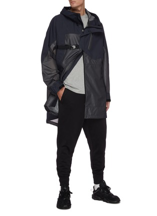 Figure View - Click To Enlarge - Y-3 - Waterproof buckle strap front hooded parka