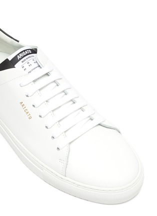 Detail View - Click To Enlarge - AXEL ARIGATO - 'Clean 90' contrast tab leather sneakers