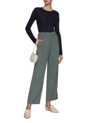 Figure View - Click To Enlarge - CRUSH COLLECTION - Asymmetric cable knit top