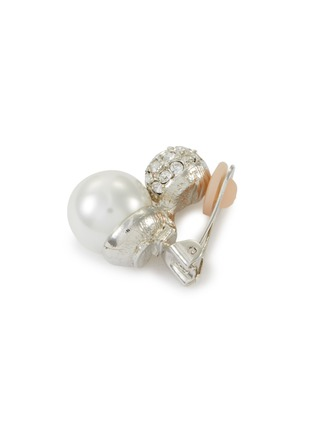 Detail View - Click To Enlarge - KENNETH JAY LANE - Crystal pavé pearl clip earrings