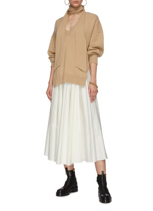 Figure View - Click To Enlarge - CHLOÉ - V neck cashmere knit sweater