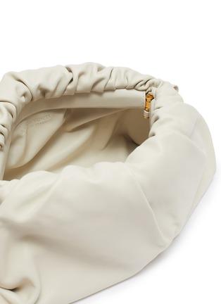 Detail View - Click To Enlarge - BOTTEGA VENETA - Metal chain gathered leather pouch