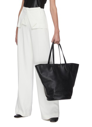 Figure View - Click To Enlarge - KHAITE - 'Osa' medium circular leather tote