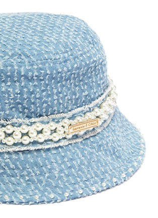 Detail View - Click To Enlarge - LAURENCE & CHICO - Pearl embellished small denim bucket hat