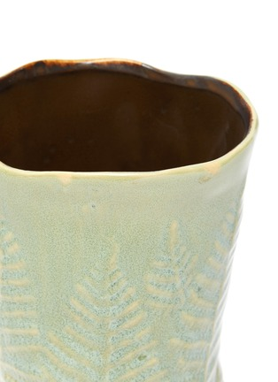 Detail View - Click To Enlarge - PETERSHAM NURSERIES - The Fern Small Vase – Green