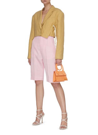 Figure View - Click To Enlarge - JACQUEMUS - 'Le short Gardian' Belted Centre Pleat Bermuda Shorts