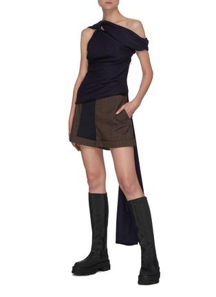 Figure View - Click To Enlarge - MONSE - Contrast Trim Plaid Shorts