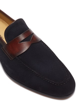 Detail View - Click To Enlarge - MAGNANNI - Bi-colour suede penny loafers