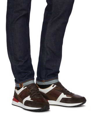 Figure View - Click To Enlarge - MAGNANNI - Ecija II' Low Top Lace Up Sneakers