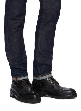 Figure View - Click To Enlarge - MAGNANNI - Tread Sole Wingtip Leather Combat Boots