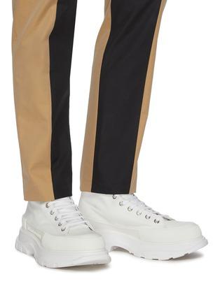 Figure View - Click To Enlarge - ALEXANDER MCQUEEN - Tread' contrast sole canvas high top sneakers
