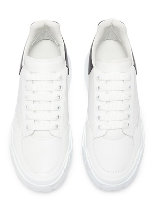 Detail View - Click To Enlarge - ALEXANDER MCQUEEN - Court wedge contrast counter leather sneakers