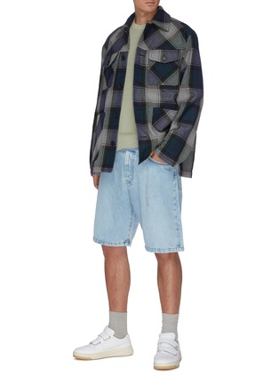 Figure View - Click To Enlarge - ACNE STUDIOS - Belted denim shorts