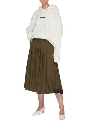 Figure View - Click To Enlarge - JIL SANDER - Leather belt pleated wrap skirt