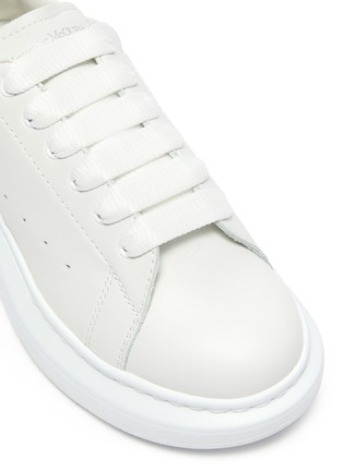 Detail View - Click To Enlarge - ALEXANDER MCQUEEN - 'Molly' OVERSIZED KIDS SNEAKERS