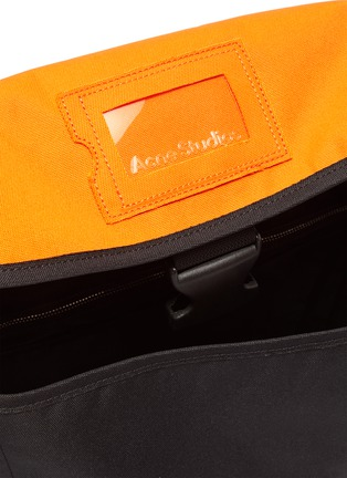 Detail View - Click To Enlarge - ACNE STUDIOS - Contrast Flap Release Buckle Closure Crossbody Messenger Bag