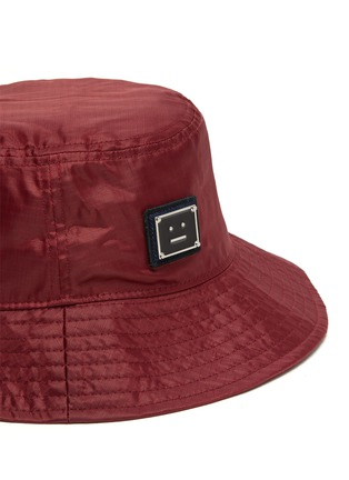 Detail View - Click To Enlarge - ACNE STUDIOS - Face Plaque Nylon Bucket Hat
