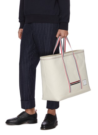 Figure View - Click To Enlarge - THOM BROWNE - Tool' Tricolour Strap Oversize Canvas Tote