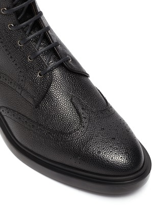Detail View - Click To Enlarge - THOM BROWNE - Wingtip' Tricolour Heel Tab Leather Boots