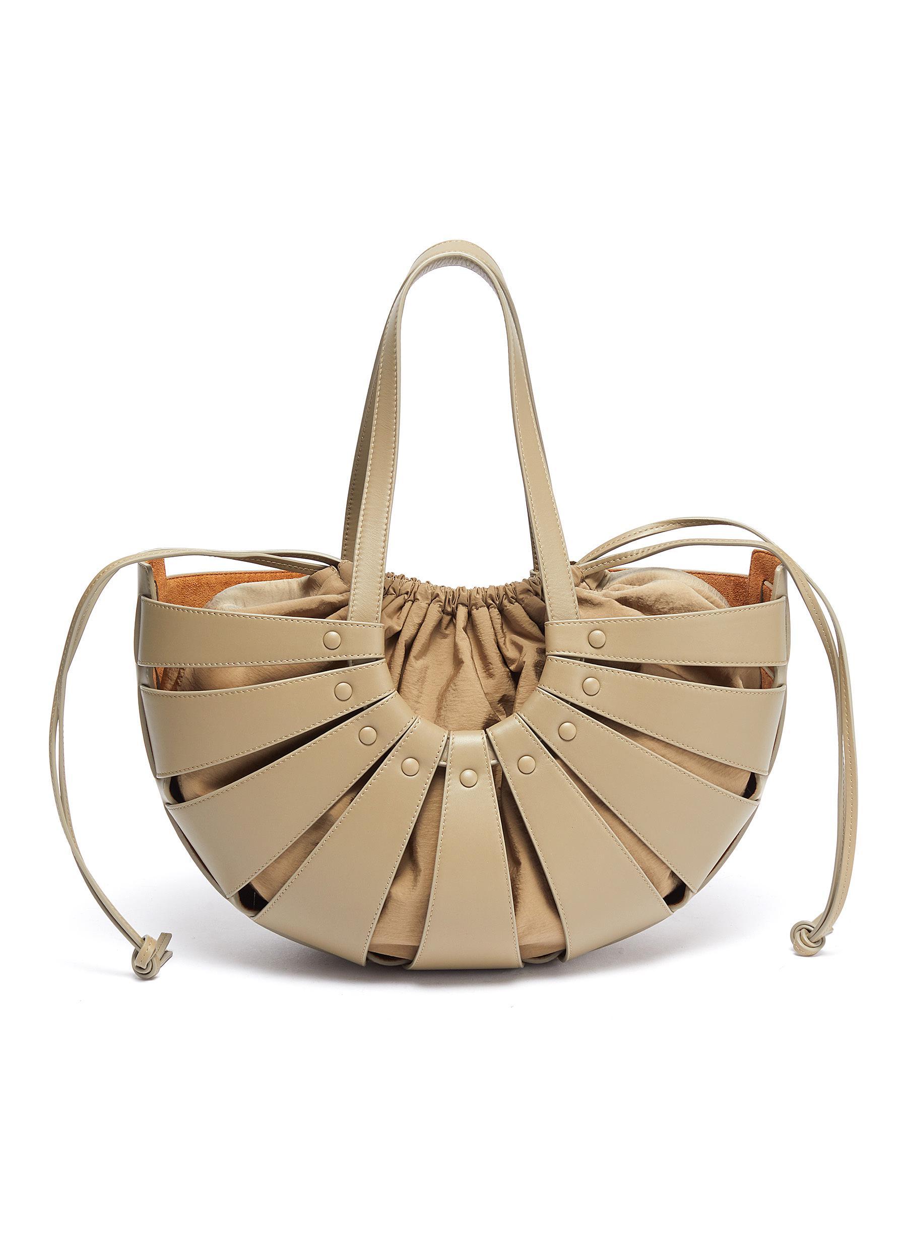 Basket leather tote with nylon pouch - BOTTEGA VENETA - Modalova