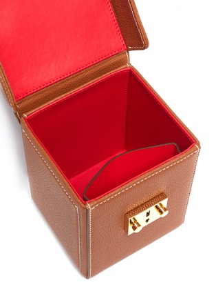 Detail View - Click To Enlarge - MARK CROSS - Grace Cube' Logo Engraved Plaque Leather Box Bag