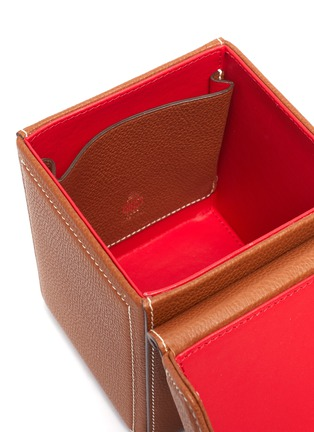 - MARK CROSS - Grace Cube' Logo Engraved Plaque Leather Box Bag