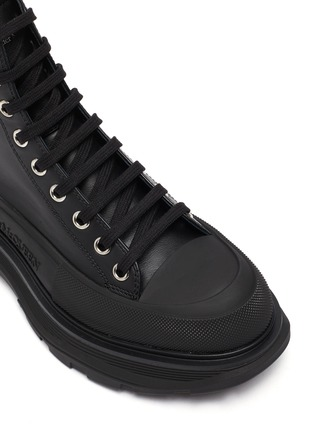 Detail View - Click To Enlarge - ALEXANDER MCQUEEN - TREAD SLICK' PLATFORM SOLE ROUND TOE BOOTS