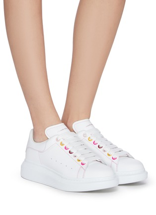 Figure View - Click To Enlarge - ALEXANDER MCQUEEN - 'Oversized Sneakers' in Leather with Contrast Seam