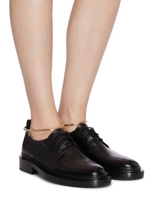 Figure View - Click To Enlarge - JIL SANDER - Metal anklet ring leather brogue shoes