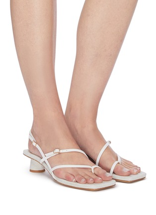 Figure View - Click To Enlarge - JACQUEMUS - Les Sandales Basgia' toe ring heeled sandals