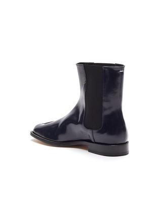 - MAISON MARGIELA - Tabi' flat patent leather Chelsea boots