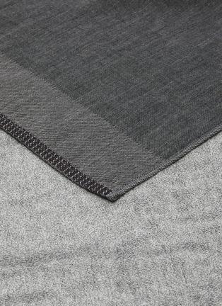 Detail View - Click To Enlarge - UCHINO - Zen Charcoal Gauze & Pile Guest Towel – Dark Grey