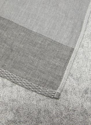 Detail View - Click To Enlarge - UCHINO - Zen Charcoal Gauze & Pile Bath Towel – Grey