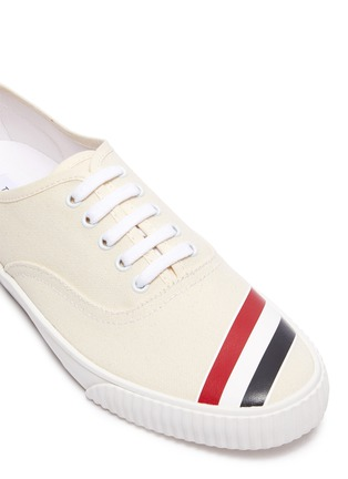 Detail View - Click To Enlarge - THOM BROWNE - Tricolour Stripe Low Top Heritage Sneakers