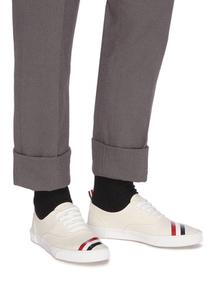 Figure View - Click To Enlarge - THOM BROWNE - Tricolour Stripe Low Top Heritage Sneakers