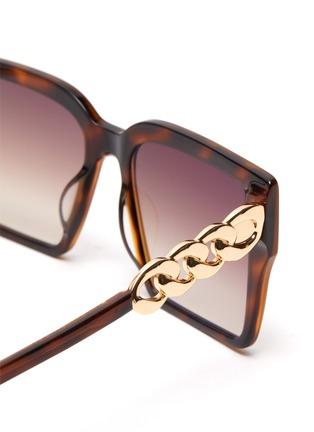 Detail View - Click To Enlarge - FOR ART'S SAKE - Chain Detail Tortoiseshell Effect Acetate Square Frame Sunglasses