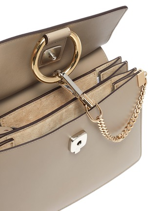 Detail View - Click To Enlarge - CHLOÉ - 'Faye' small chain top handle bag