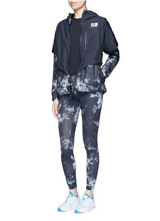 Figure View - Click To Enlarge - Nike - 'Nike International Windrunner' foldable aerial print jacket