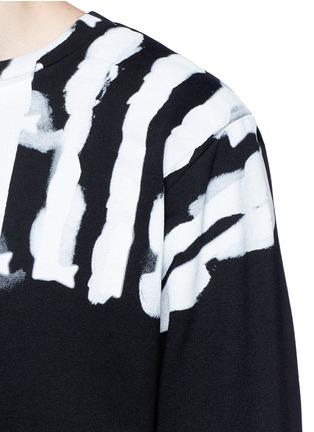 Detail View - Click To Enlarge - Marcelo Burlon - 'Chachani' smoke print sweatshirt