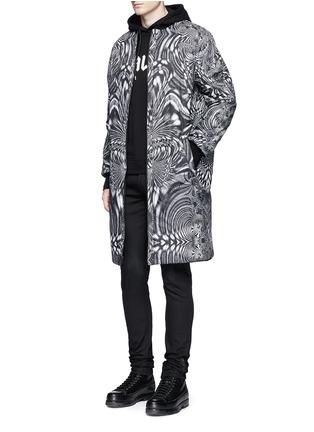 Figure View - Click To Enlarge - Marcelo Burlon - 'Rahue' reversible long jacket