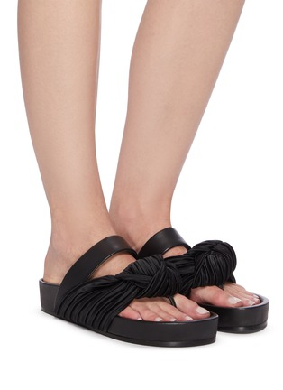 Figure View - Click To Enlarge - JIL SANDER - Knotted leather sandals