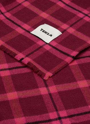 Detail View - Click To Enlarge - TEKLA - Fine Merino Wool Tartan Blanket – Wine Red