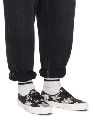 Figure View - Click To Enlarge - VANS - 'Authentic LX' Leaf Graphic Print Low-top Canvas Sneakers