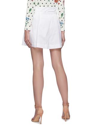 Back View - Click To Enlarge - OSCAR DE LA RENTA - Belted pleat shorts