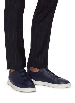 Figure View - Click To Enlarge - ERMENEGILDO ZEGNA - 'XXX' triple stitch leather sneakers