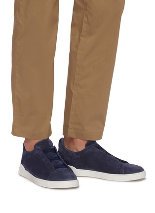 Figure View - Click To Enlarge - ERMENEGILDO ZEGNA - Triple stitch suede sneakers